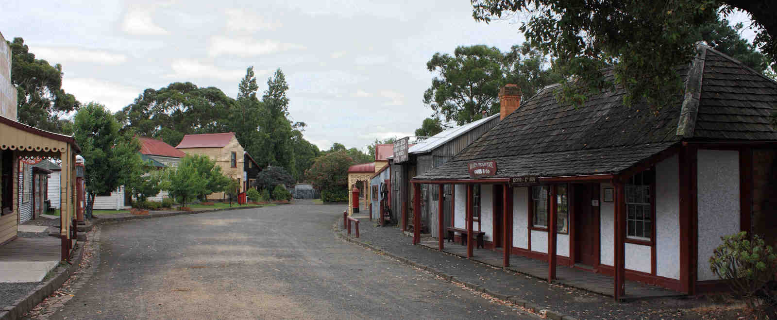 Discover Old Gippstown